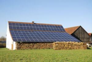 using solar panels to power barn, solar energy for farm