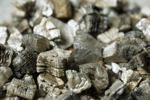 what is vermiculite, how to use vermiculite